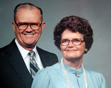 Photo of Lina Mae Edwards and William Levi